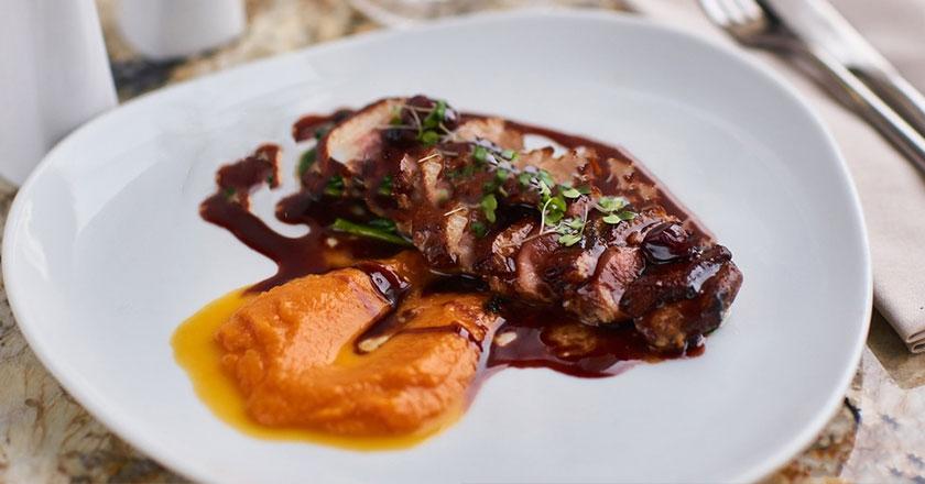 carne con salsa oporto
